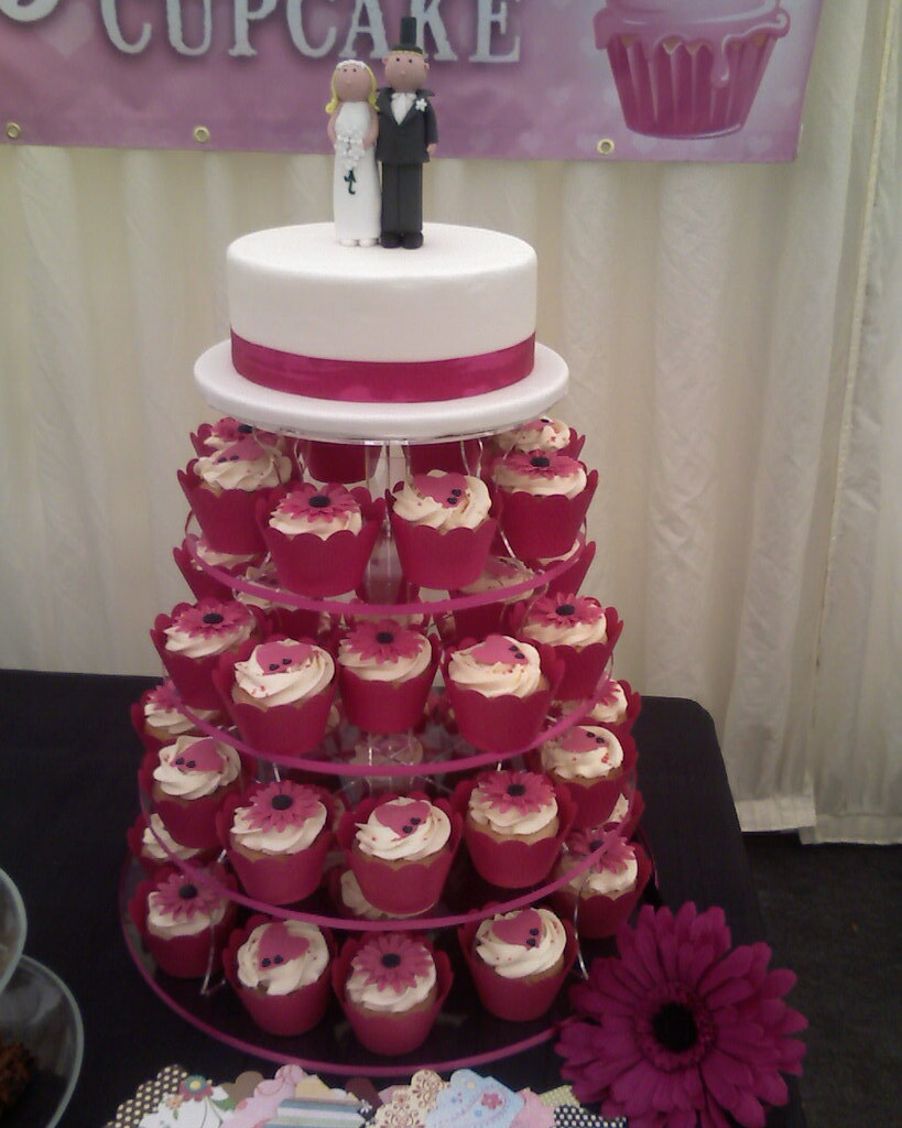 Fuschia Pink Wedding Cupcake Tower With Top Cutting Cake