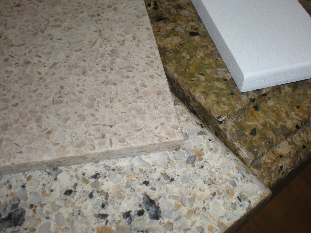 What Quartz Countertops Are Best For Warm White Kitchen