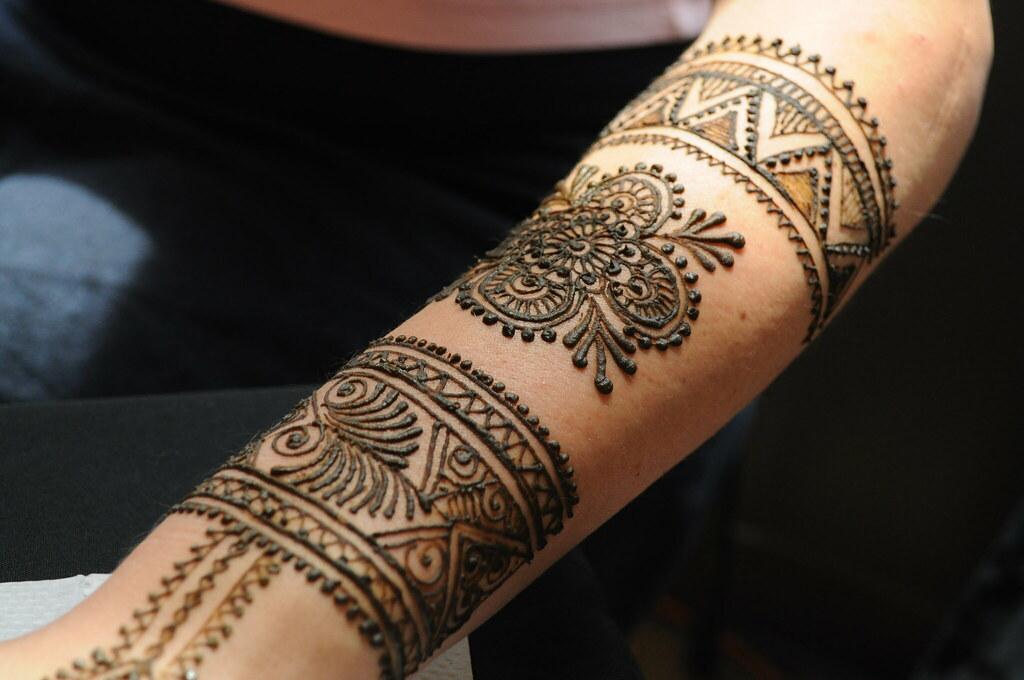 Mehndi Bunch On Arm : Moroccan style arm henna sumeyya flickr