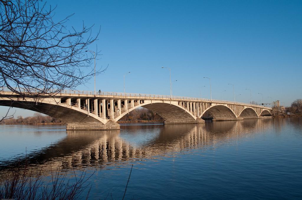 Pont Viau, Laval | More info at en.wikipedia.org/wiki/Pont_V… | Emmanuel Huybrechts | Flickr
