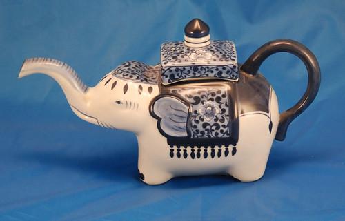 Vb9090x elephant teapot elephant form porcelain decorative flickr - Elephant shaped teapot ...