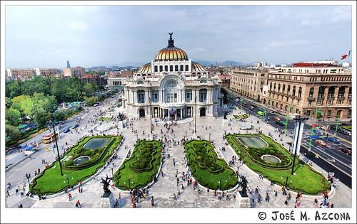 Mexico df palacio de las bellas artes view on black el for Palacio de los azulejos mexico