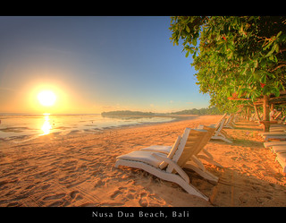 Sunrise at Nusa Dua Beach, Bali | by Thainlin Tay