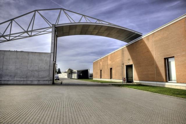vitra factory hall designed by alvaro siza weil am rhein flickr. Black Bedroom Furniture Sets. Home Design Ideas