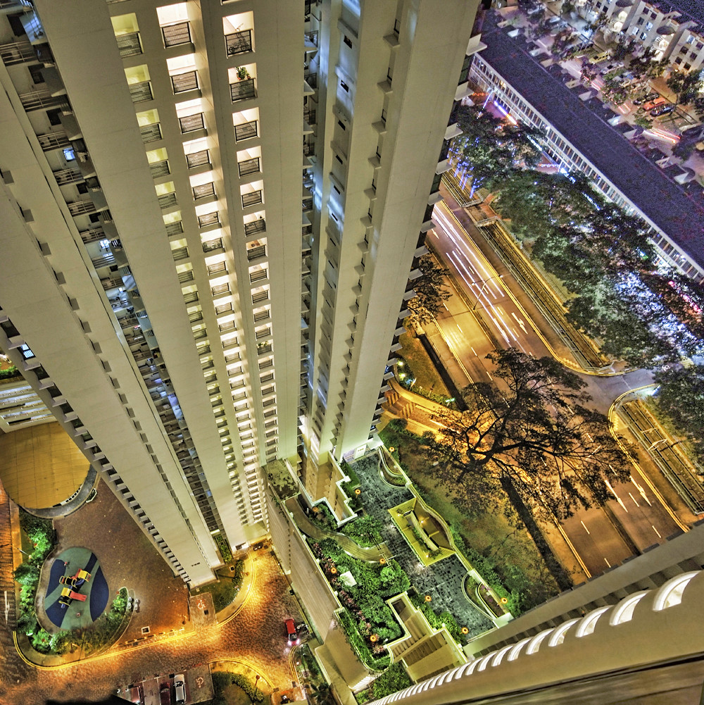 The Highest Hdb Block Of Flats At Toa Payoh Central With 4