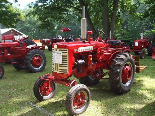 International Tractor Painting : Farmall mark flickr