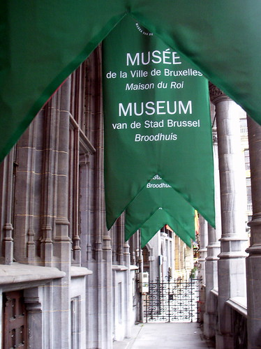 brussels museum green | by kexi