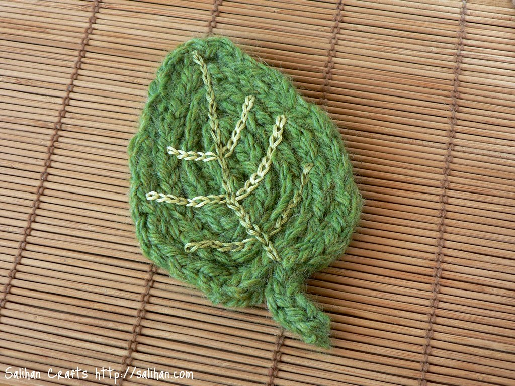 Leaf I-cord Coaster Embroider using chain stitch to bring ? Flickr