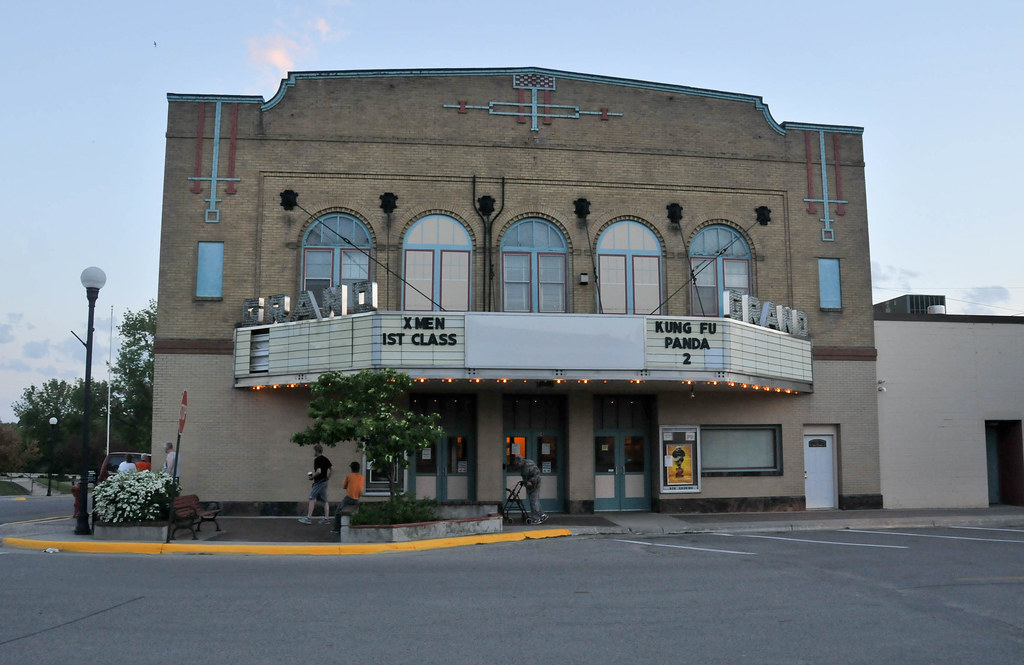 Crookston (MN) United States  City pictures : Crookston MN, Grand Theatre 2194 | The Grand Theatre in ...