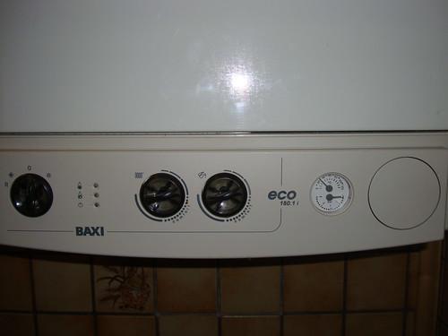 Dsc09757 baxi gas kombitherme eco 180 1 i for Baxi eco 3 manuale