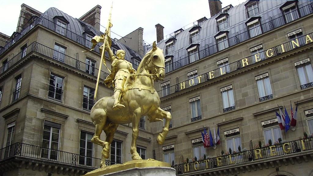 Joan D 39 Arc Jeanne D 39 Arc Statue In Front Of The Hotel Regi