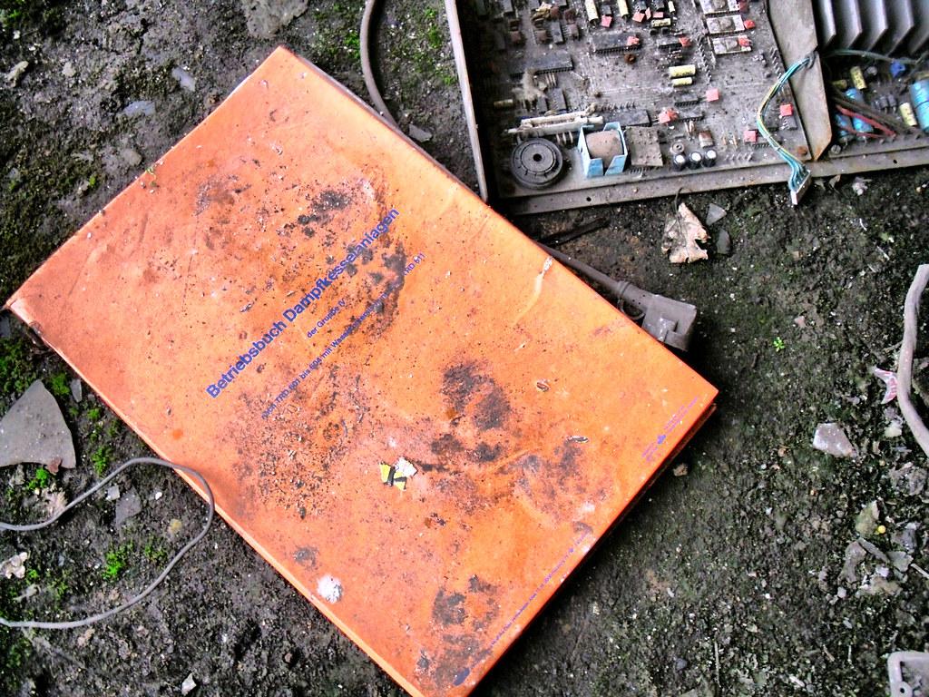 Betriebsbuch Dampfkesselanlagen | Yve | Flickr