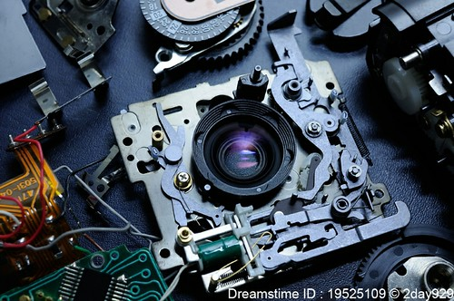 Disassembled compact camera (MINOLTA AF-C) | by 2day929