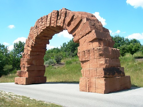 Andy Goldsworthy 2005 'Grand Rapids Arch', Frederick Meijer Sculpture Park, Grand Rapids, Michigan | by hanneorla