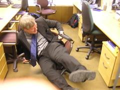 Broken chair | A work colleague demonstrating just how broke… | Flickr