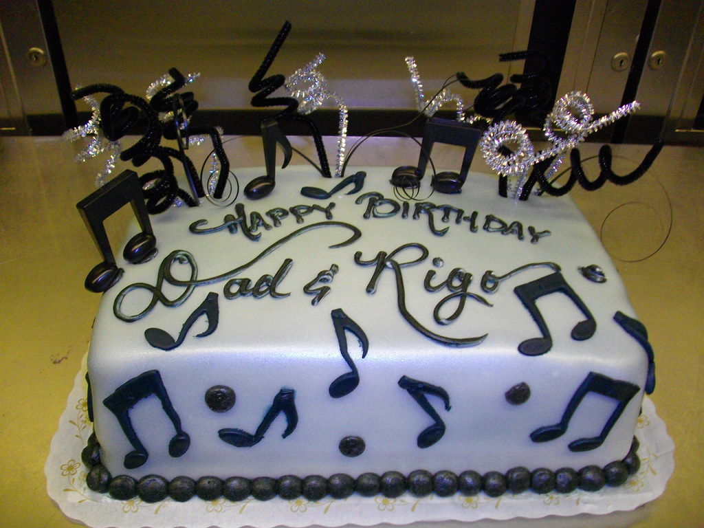 Images Of Cakes With Musical Notes