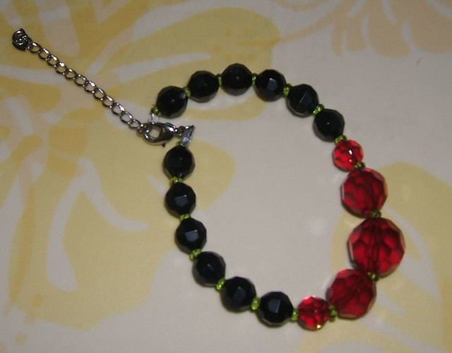 Red and black ball bracelet w green spacers i am for Red black and green jewelry