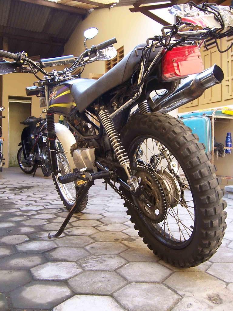 Win 100 2004 Scramb Sold Axial Ratio Flickr Honda By Showroom