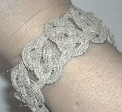 Hemp JewelryJosephine Knots thick hemp bracelet josephin Flickr