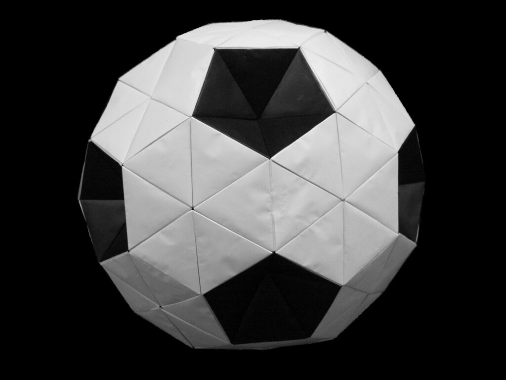Truncated icosahedron origami soccer ball modular ori flickr truncated icosahedron origami soccer ball modular origami by origami tatsujin jeuxipadfo Gallery