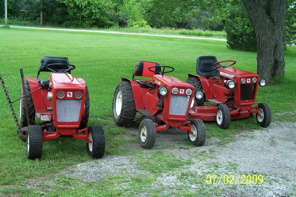 1964 Wheel Horse Tractor : Wheel horse tractors flickr