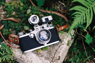 Leica IIID and Summitar 5cm 1:2 | by 傷心的小蛙