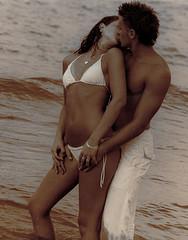 Hot love kiss pics