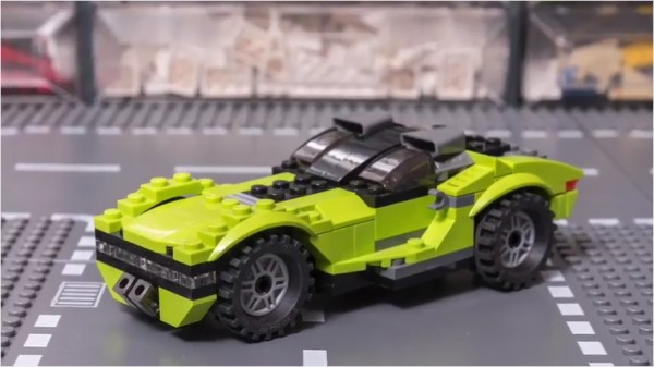 Custom LEGO Cyber Car Built from Kit (31007)