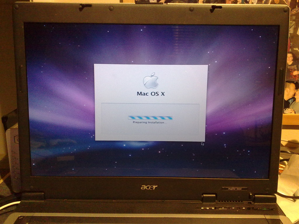Acer Laptop Hackintosh 2 | Still going | TheBatNaz | Flickr