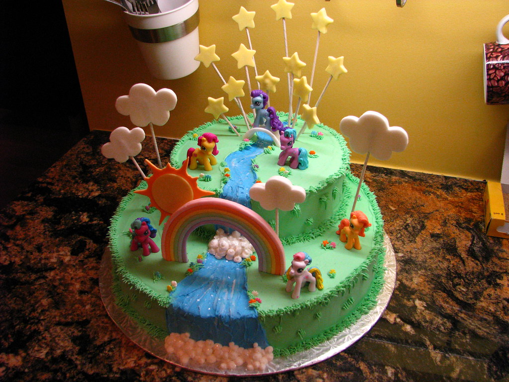 little pony cake my pony cake this cake is gluten free covered in 5565