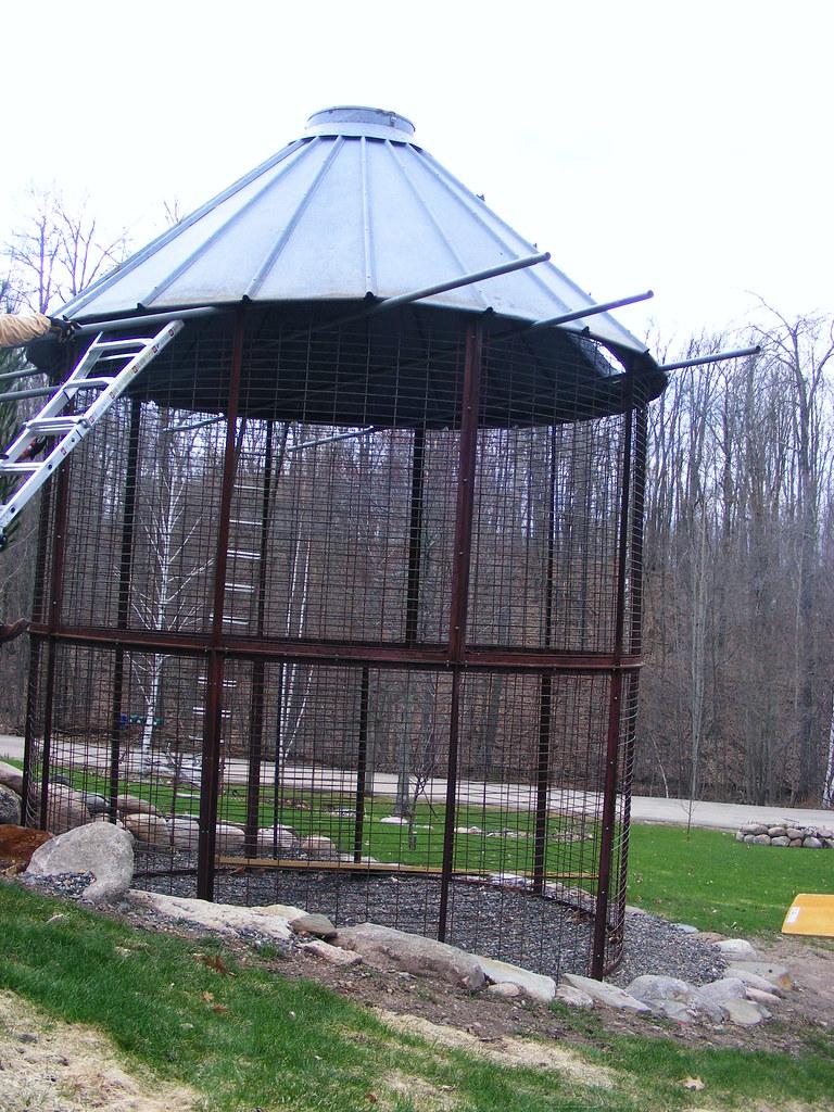 20 Add J Hooks To Tie The Roof Onto The Crib Corn Crib