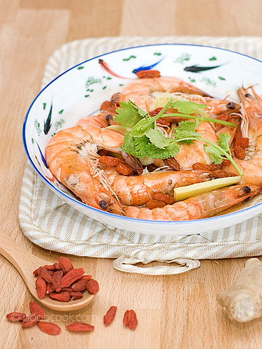 Drunken Prawns | Steamed 'Drunken' Prawns in Chinese Wine Ch ...
