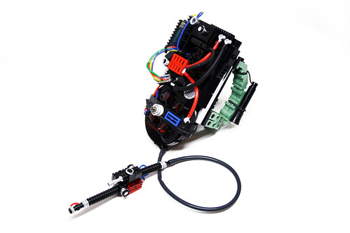 Portable Particle Accelerator : Protonpack the proton pack is a man portable particle
