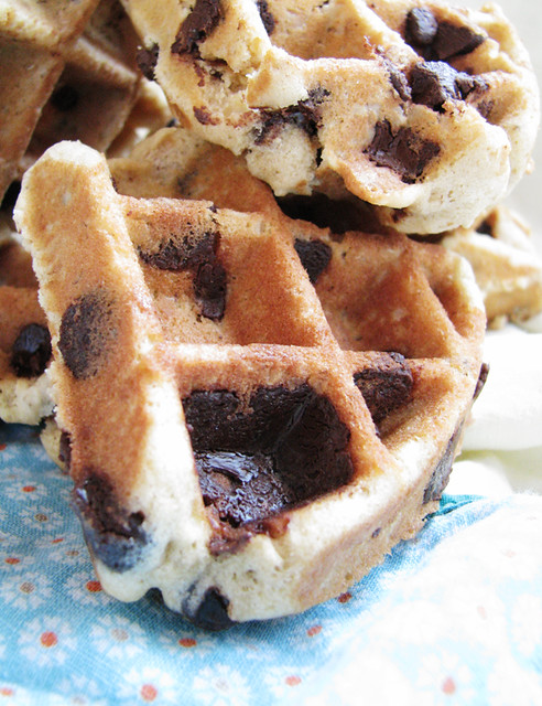 biscuits aux p pites de chocolat dans un gaufrier oatmeal. Black Bedroom Furniture Sets. Home Design Ideas