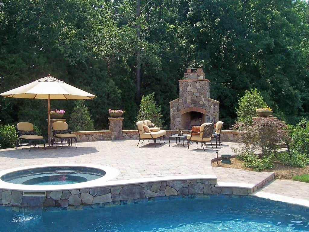 Weddington Nc Outdoor Fireplace Raised Paver Patio