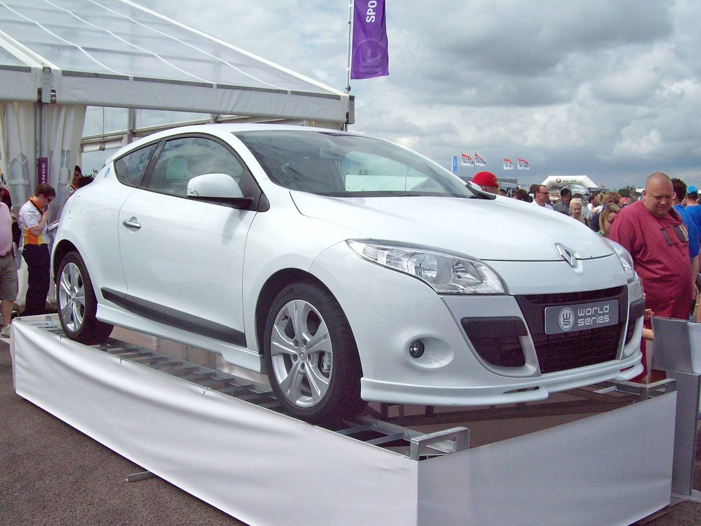 20 renault megane 3 coupe 2010 renault megane 3 coupe 2 flickr. Black Bedroom Furniture Sets. Home Design Ideas