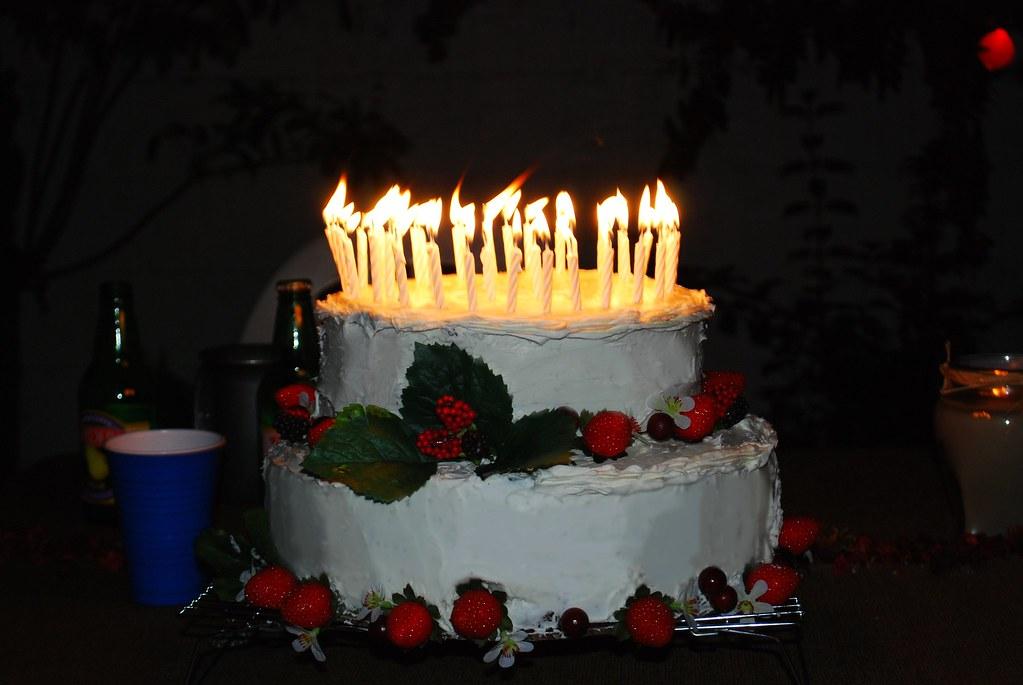 Bilbo Baggins Birthday Cake Chocolate Fudge Cake White V Flickr