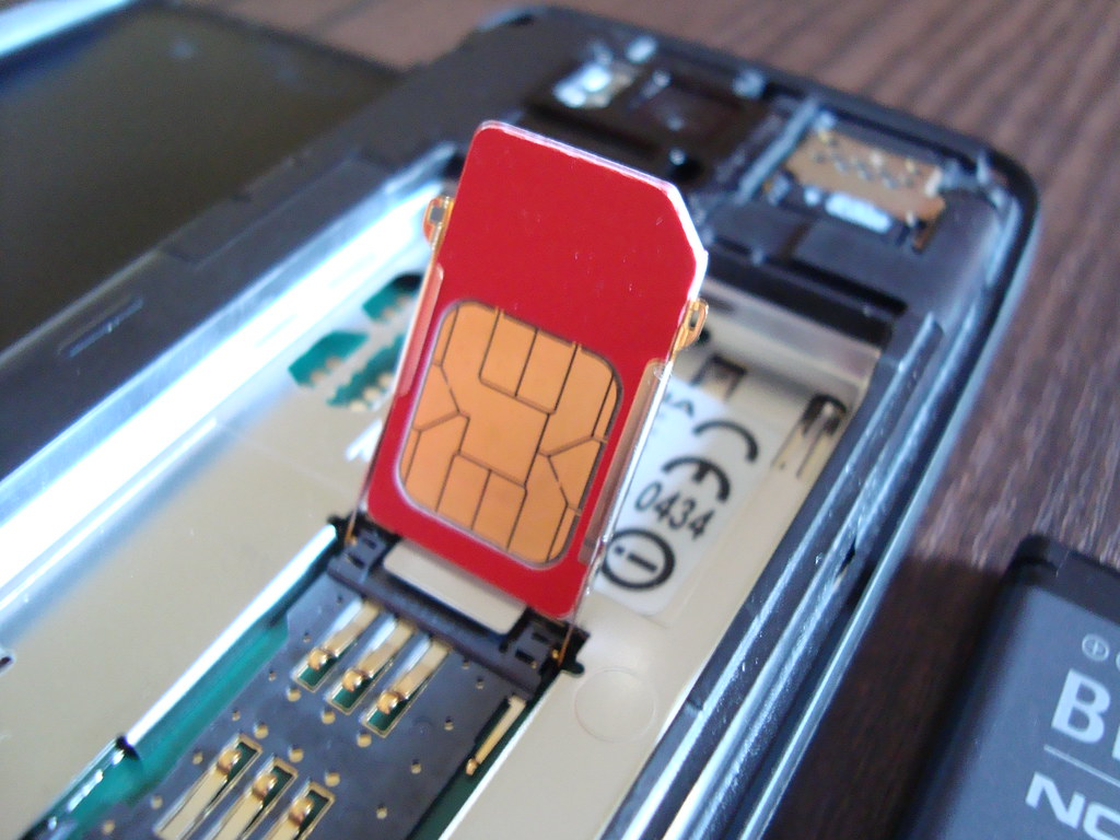 Get Sim Card Out Of Iphone