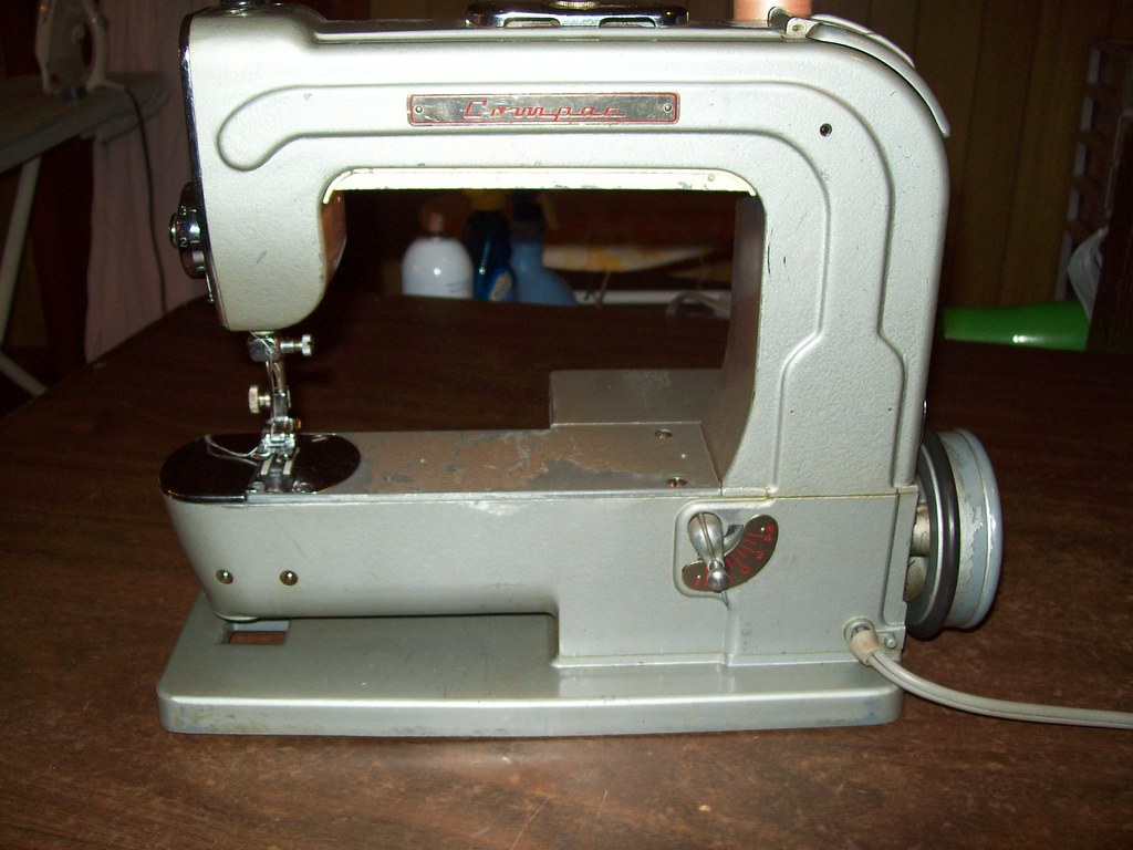 compac sewing machine