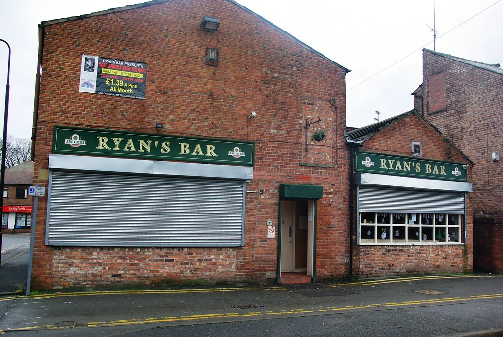 For Sale Sign >> Ryans Bar, Sale   Ryans Bar, 1 Orchard Place, Sale, Cheshire…   Flickr
