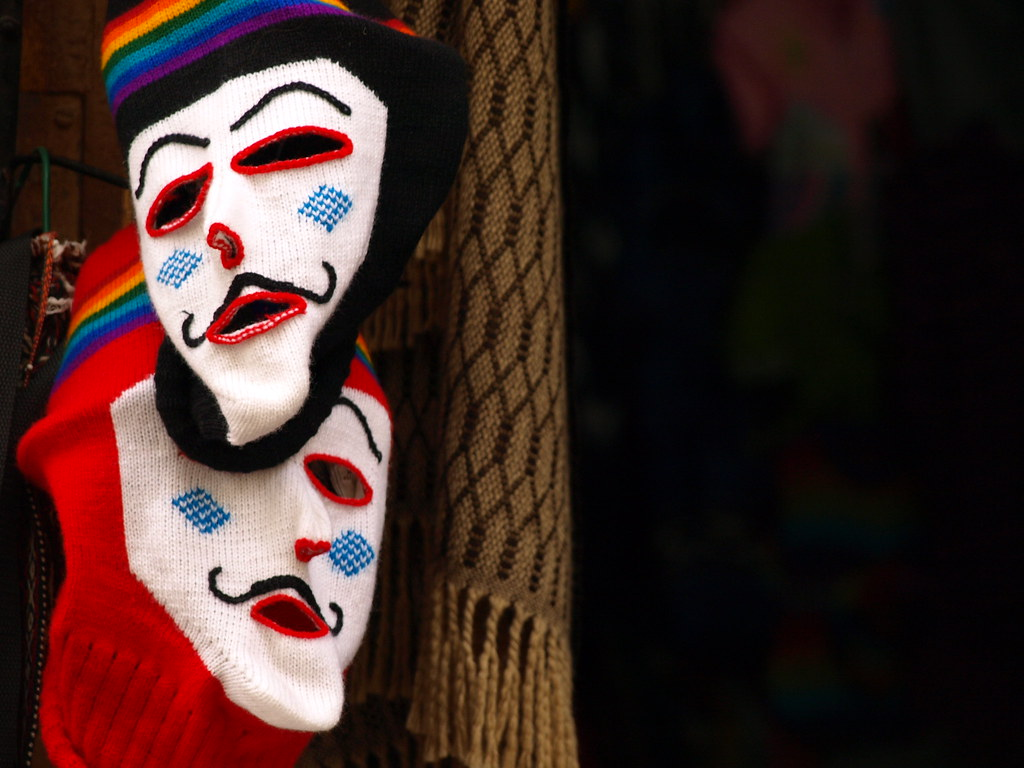 mask in latin