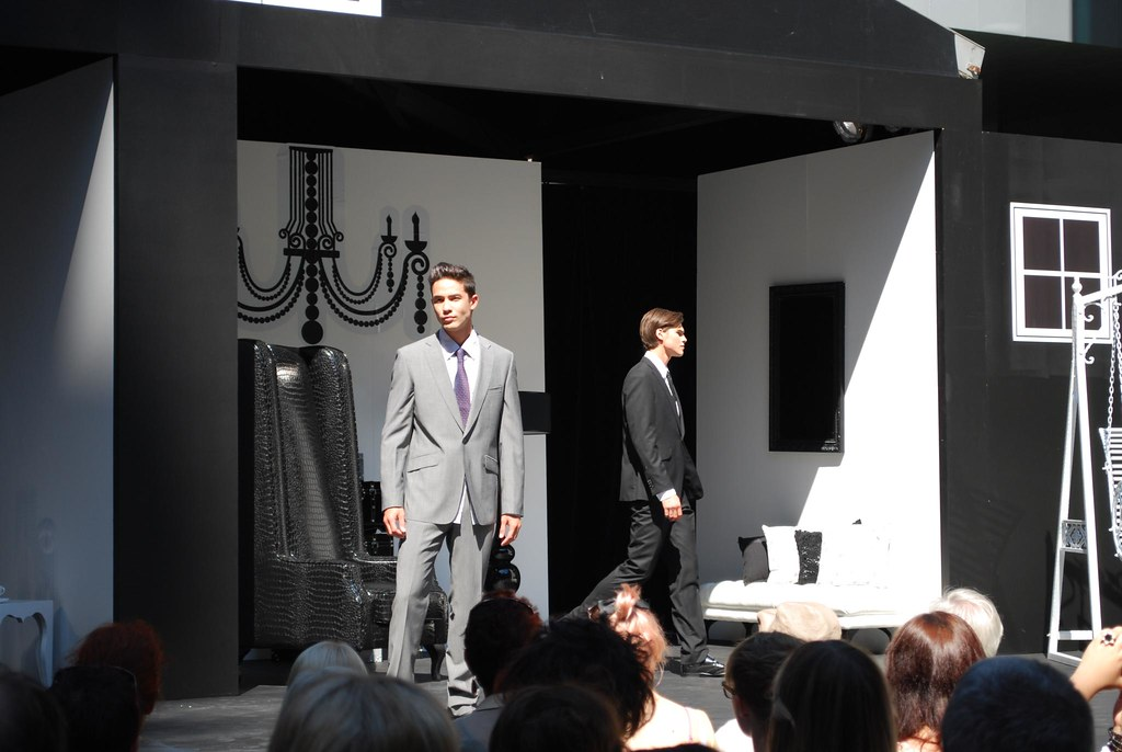 Grey Suits Wayne Cooper Qv Fashion Doll House Qv Fashi Flickr