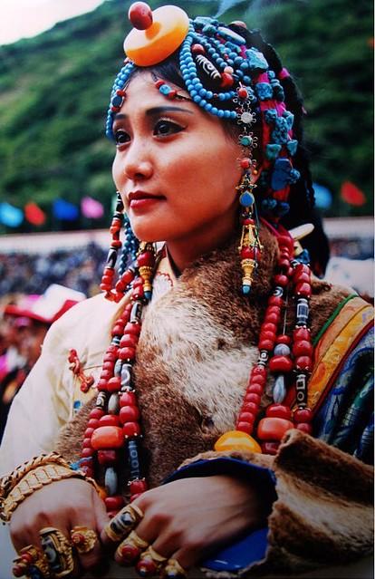 Khampa Beauty 1 Of 2 Beautiful Tibetan Girl At Litang