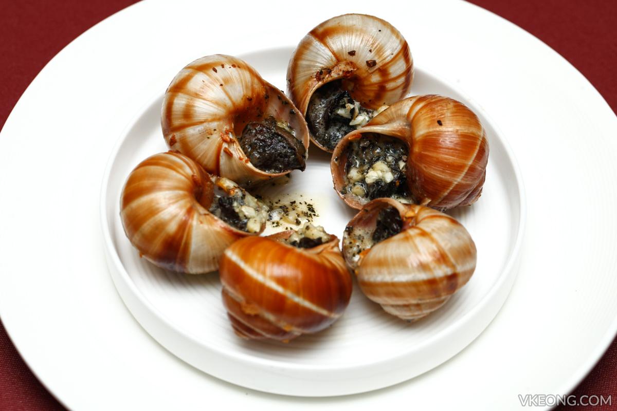Brasserie 25 Baked Escargots