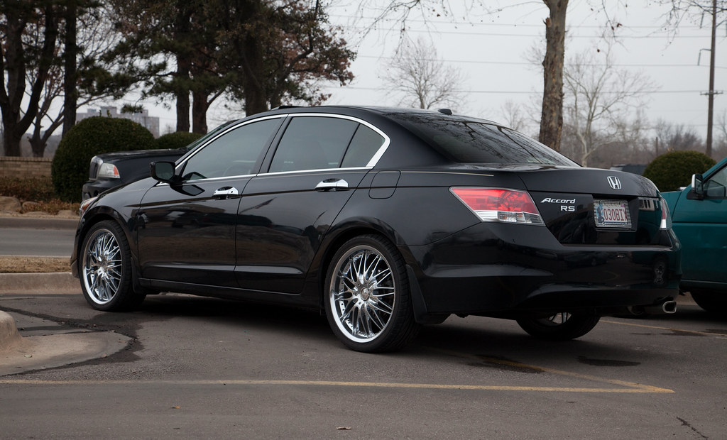 2008 2010 Black Honda Accord Sedan With Large Rims Flickr
