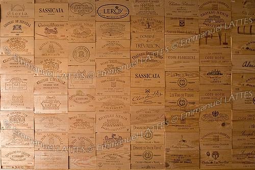 Panneaux De Caisses De Vin Tapissant Un Mur Panneaux De C Flickr