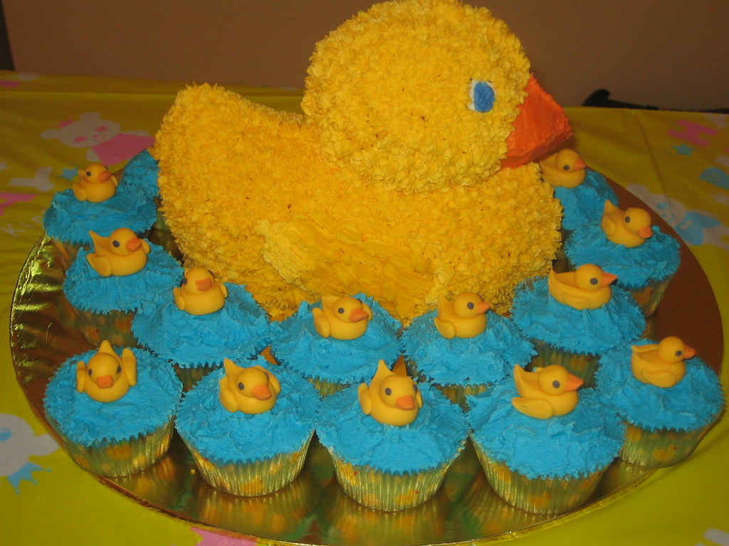 Amazing Rubber Ducky Birthday Cake And Cupcakes I Made This Cake F Flickr Funny Birthday Cards Online Inifofree Goldxyz
