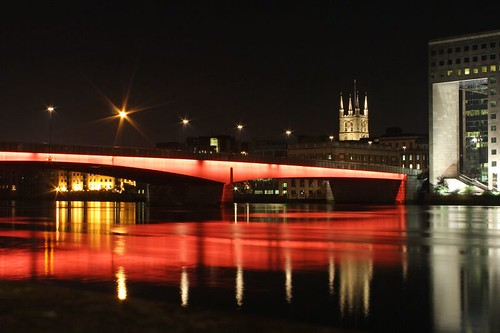London Bridge in Red | by Dimitry B