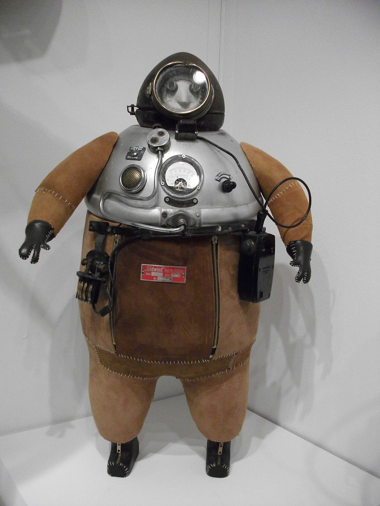 Steampunk Diving Suit Steampunk Is An Exhibition Being