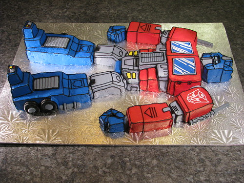 Optimus Prime Cake Pan